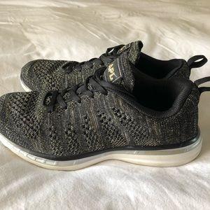 APL Shoes - SALE💵APL Techloom Pro Shoe Metallic